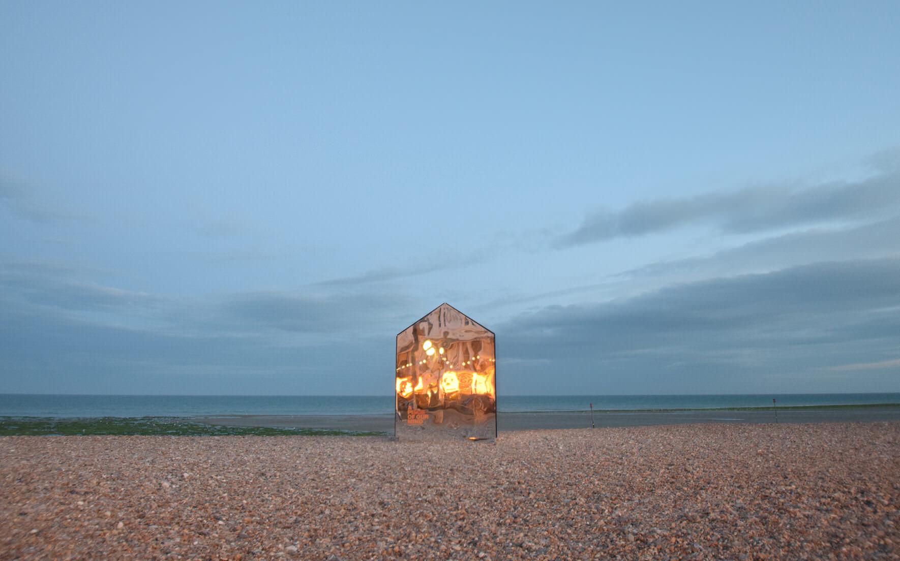 beach-hut-large-3