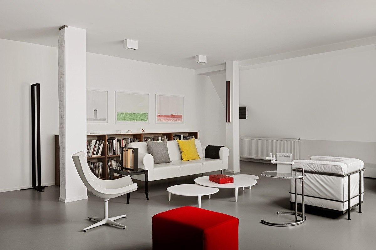 70s-inspired-living-room-decor