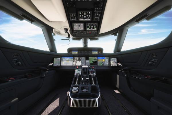 gulfstream_symmetry-flight-deck_1-600x400