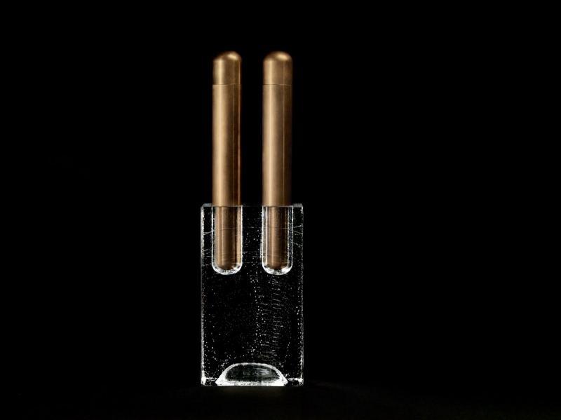 apparatus-block-double-vase-aged-brass-high