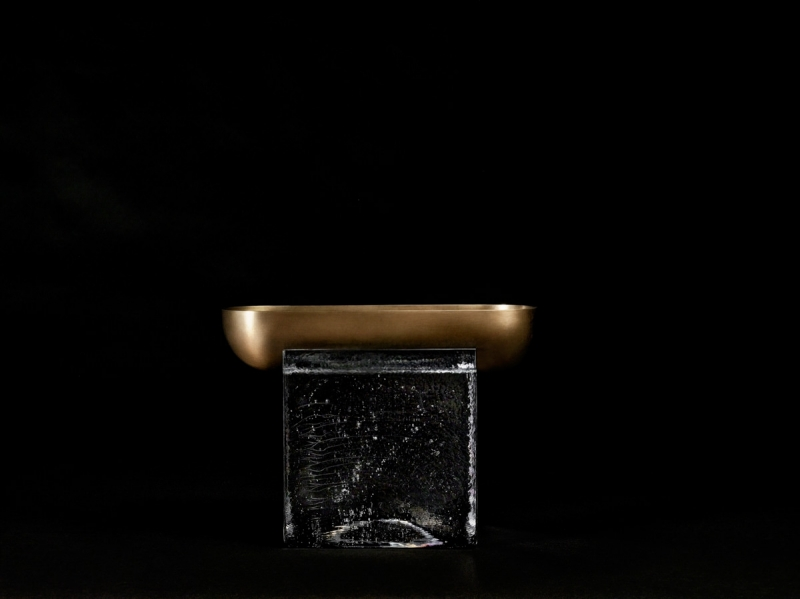 apparatus-block-vessel-aged-brass-black-seamless-high