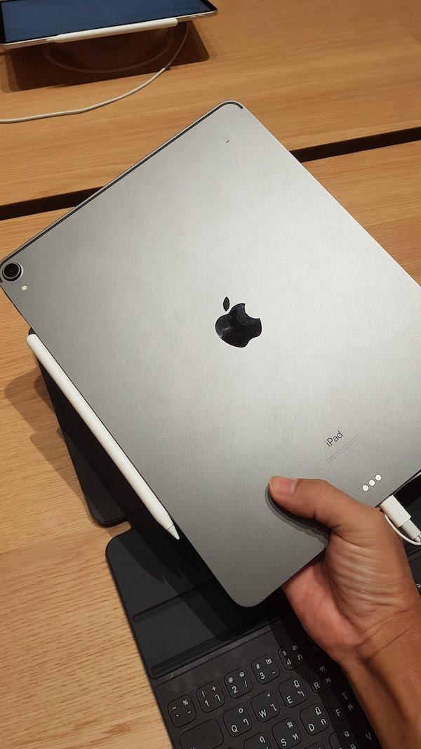 Apple New iPad Pro, New Macbook Air 2018, akihikogoto.com